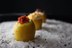 Batatinha noisette de brie com tomate seco