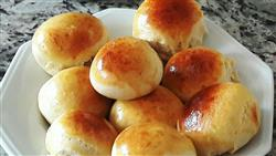 Mini pão de batata com catupiry - 2,10 cada - mínimo 20 un.