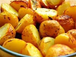 Batatas noisette ao forno - 8,00 (100g) - mínimo 500g